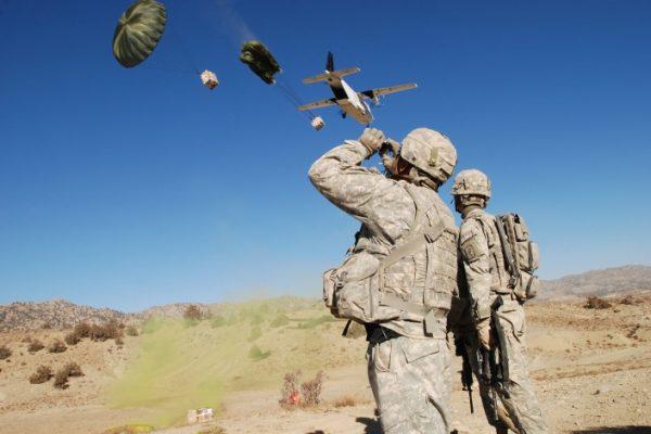 Bruxelas quer substituir forças armadas por mercenários