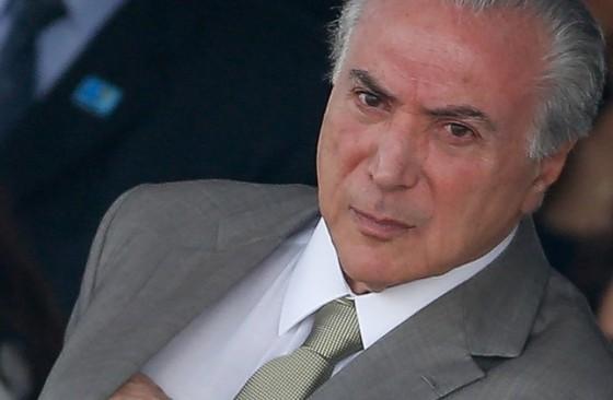 Por reforma, Temer demite 3 ministros por 1 dia