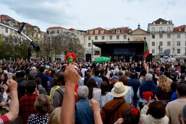 Comemorações populares do 25 de Abril, Lisboa. AbrilAbril