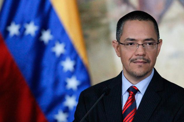 Ministro das Comunicações condena violência da direita na Venezuela