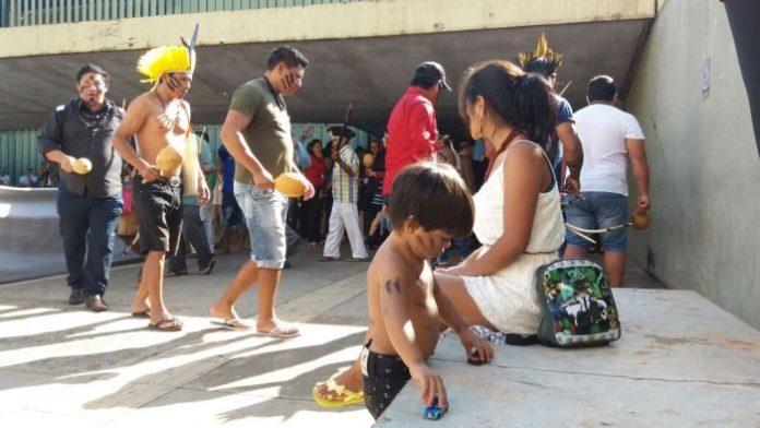 Ato continua em Brasília nesta quarta-feira. Foto: Ivan Cima.