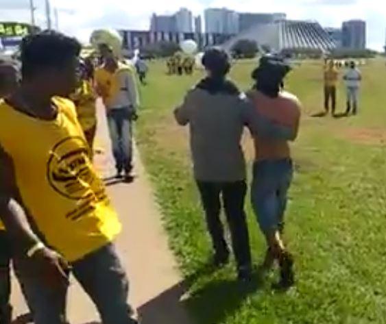 Manifestante de Santa Catarina perde parte da mão em Brasília