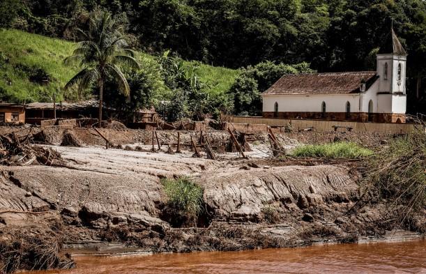 A tragédia 20 meses depois: nenhum tijolo no reassentamento de Gesteira