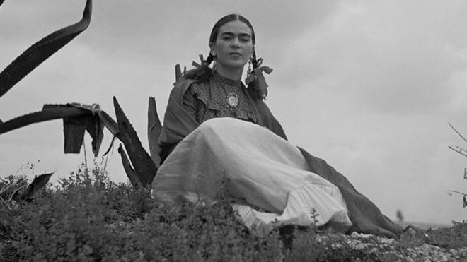 110 anos de Frida Kahlo: como a mexicana se tornou uma das mulheres mais conhecidas do mundo?