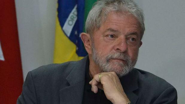 """Em liminar, Justiça Federal proíbe concessão de """"honoris causa"""" a Lula na UFRB"""