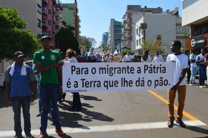 São Miguel do Oeste/SC: Mesmo sob ameaça de punição, organizações manifestam suas pautas