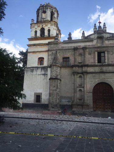 México: uma cidade alisada pelo silêncio e pela morte