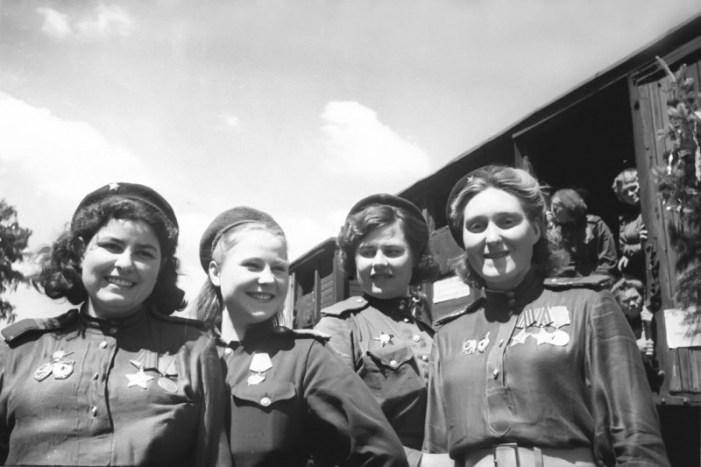 A contribuição da mulher na construção do Socialismo