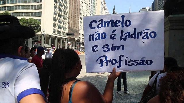 Nova lei do ambulante é aprovada e recebida com entusiasmo por trabalhadores no Rio