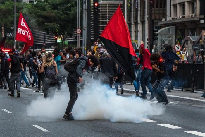 PLs que criminalizam protestos seguem rumo à aprovação no Congresso Nacional
