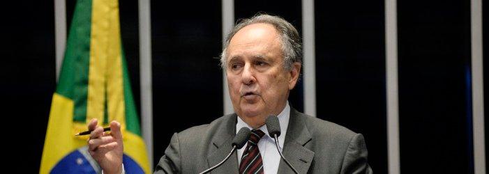 Depois de apoiar o golpe, Cristovam anuncia sua caravana para tentar ser presidente