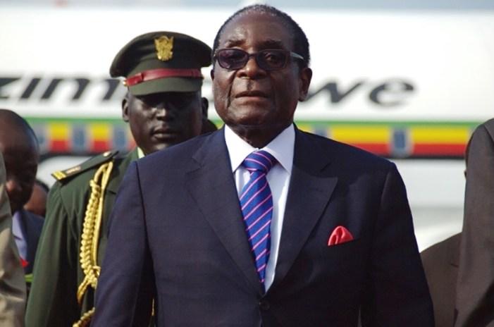 'Nunca aceitaremos o golpe de Estado militar no Zimbábue', diz líder da União Africana