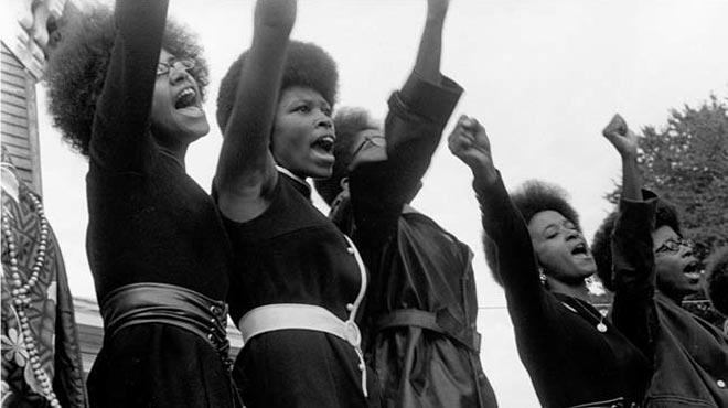 Feminismo Africano: Coragem e Resistência