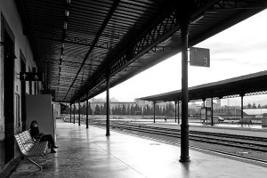 andenes-de-estacion-de-tren