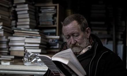 La biblioteca de Ankara montada con libros encontrados