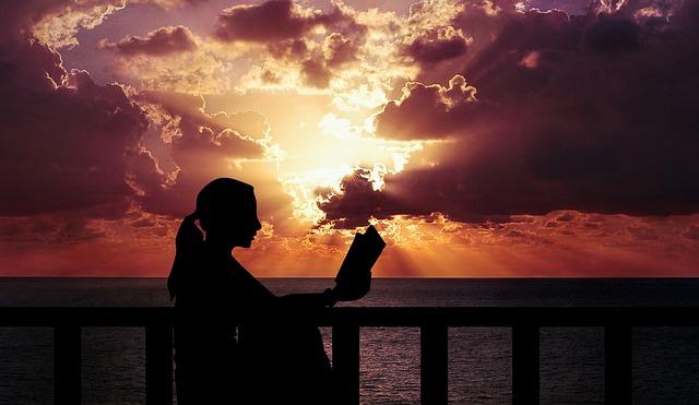 Leer antes de dormir te ayuda a descansar