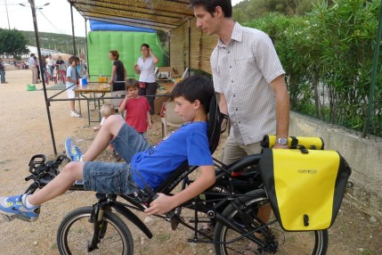 Essais des vélos lors de la kermesse