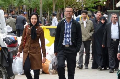 Les femmes ne sont pas toutes en tchador