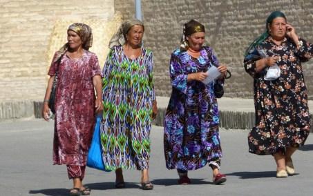 Femmes en habit tradionnel