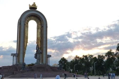 Statue d'Ismail Samani, pere fondateur du Tadjikistan