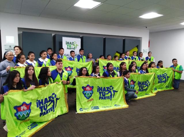 Entregan Galardón Bandera Verde para reconocer el compromiso ambiental de escuelas y colegios