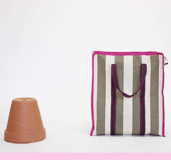 03_desartcasa-tote-bag-tela-sdraio-roghe-bordo-fucsia-design-produzione-artigianale