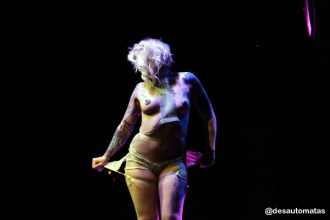 Burlesque at the Bowl by @desautomatas