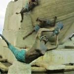 Monumento a los Tripulantes de la Goleta Ancud