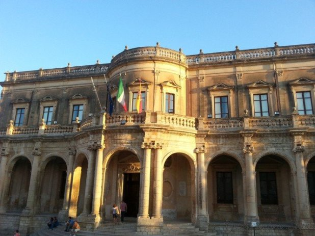 Palácio Ducezio, hoje sede da Prefeitura de Noto