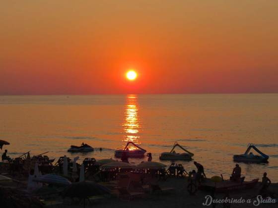 Pôr do sol em Cefalù