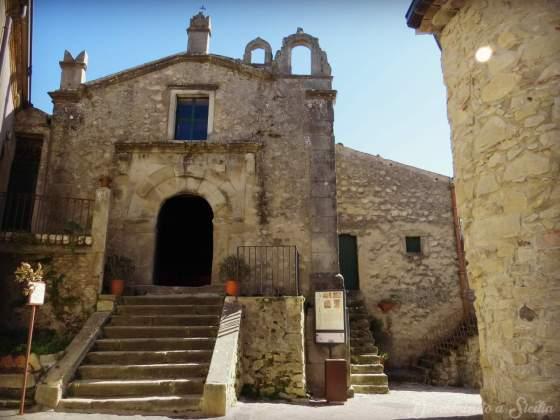 Igreja de Santa Catarina em Montalbano Elicona, Sicília