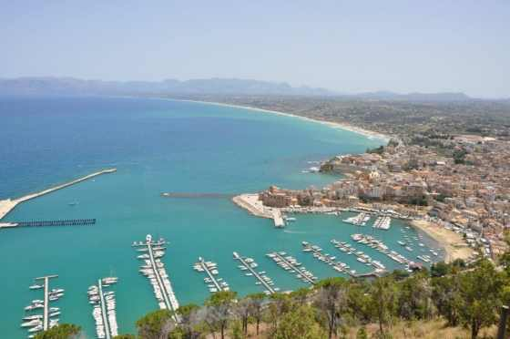 Vista panorâmica de Castellammare del Golfo - Foto: Adriana Ferreira