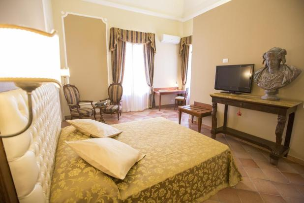 hotéis em cafalù