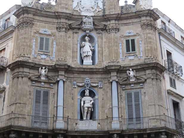 Os Quatro Cantos em Palermo