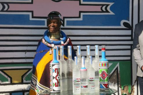 esther-mahlangu-limited-edition-bottles-belvedere
