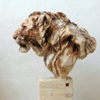 jurgen-lingl-rebetez-lion-wood