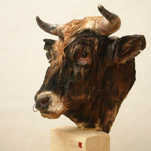 jurgen-lingl-rebetez-real-bull-wood
