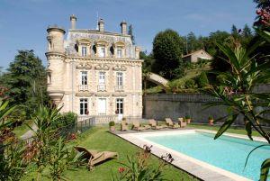 Castelo esclusivo na França, propriedade familiar.