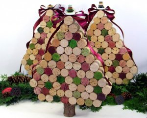 natale addobbi riciclo alberi 1024x825 - natale-addobbi-riciclo-alberi-1024x825