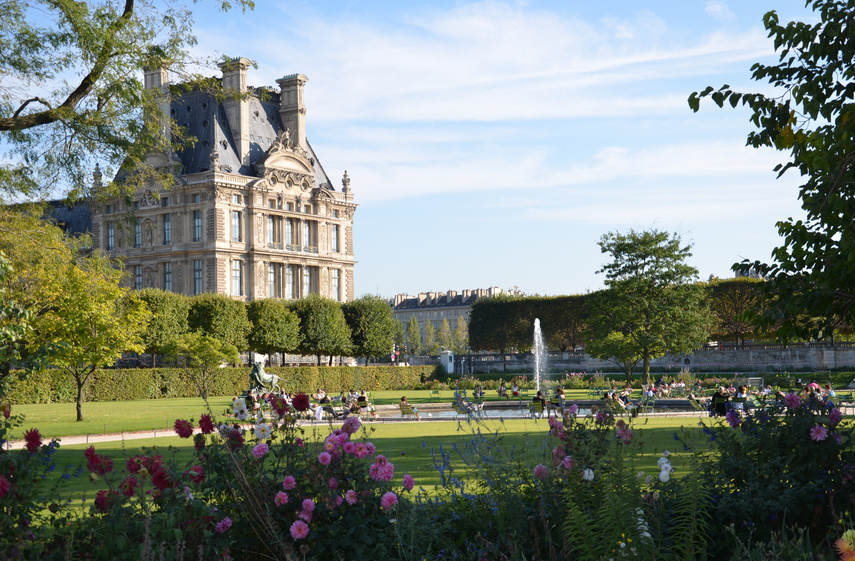 18-jardin-des-tuileries-Paris City vision