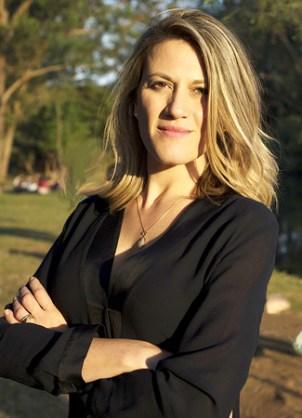 Pryscila Gashi Musso. Brasileira, ex-publicitária e turismóloga