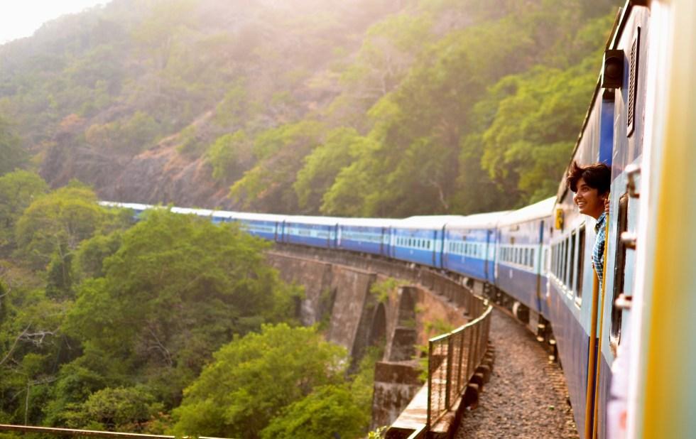 Viajar de trem pela Europa permite contemplar belas paisagens