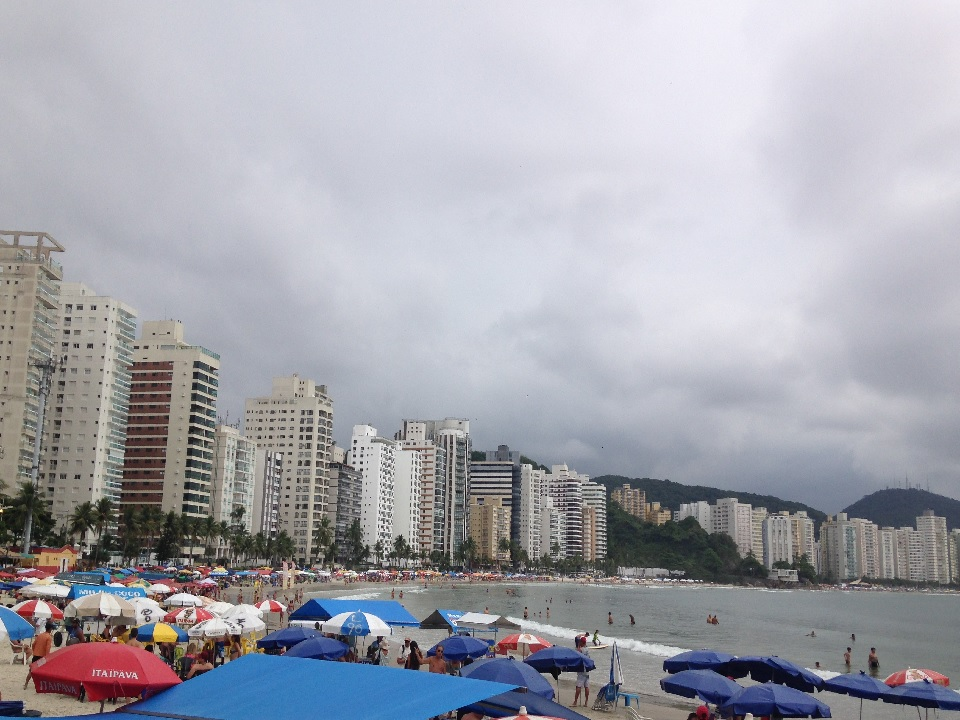 Praia da Asturias no Guaruja