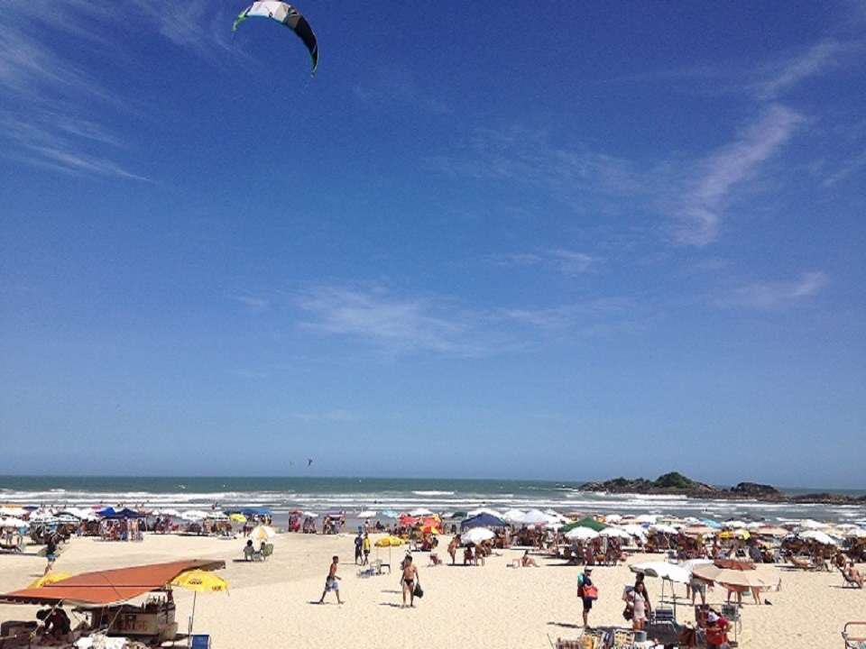 Praia de Pitangueiras - Guaruja