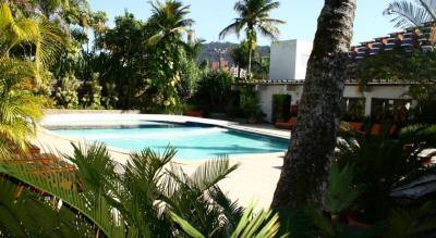 Piscina no Hotel Delphin Guaruja Praia da Ensedada