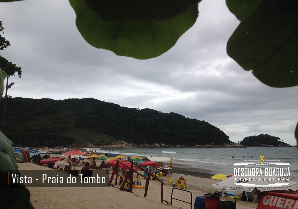 Praia do Tombo no Guarujá SP