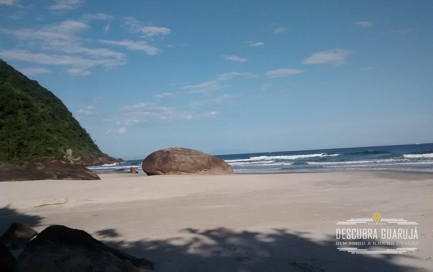 Praia dos Pinheiros - Condominio em Guarujá