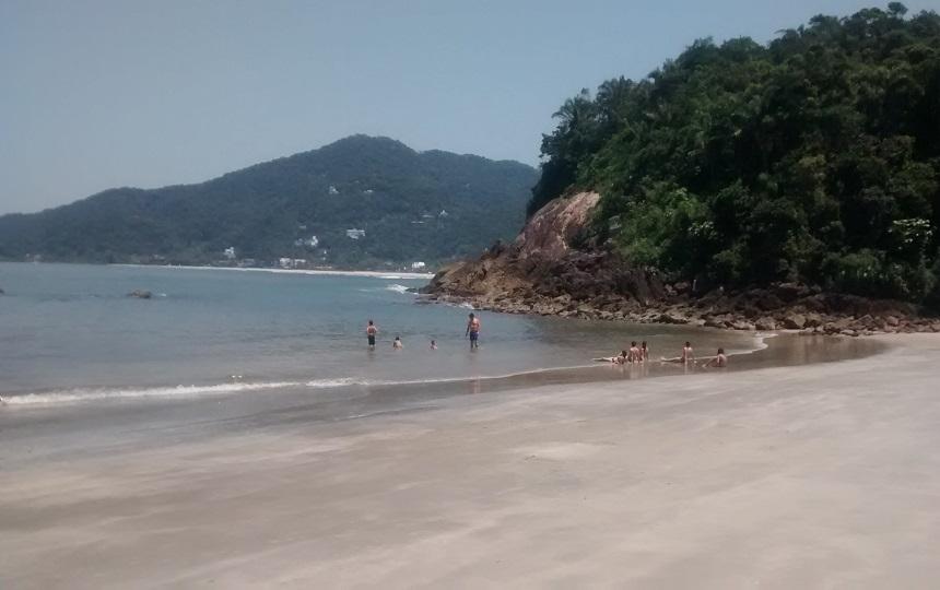 Praias de Conchas Guarujá -Condominio Iporanga
