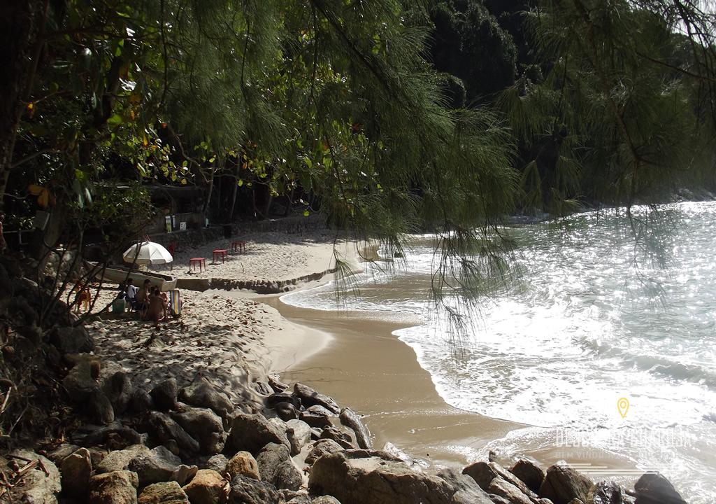 Vista Canto direito da Praia do Éden no Guarujá