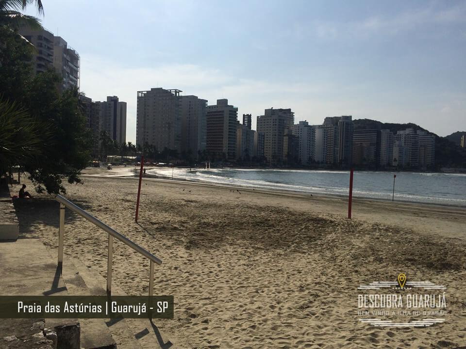 Bela vista da Praia das Astúrias no Guarujá